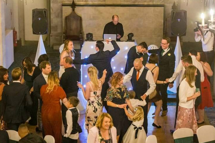 EXPERIENCED WEDDING DJS