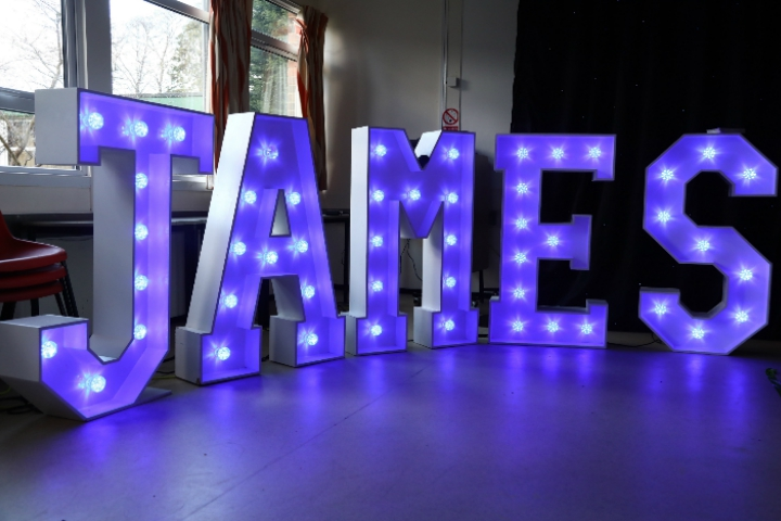 LIGHTUP LETTERS