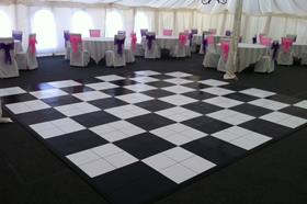 BLACK & WHITE DANCEFLOORS